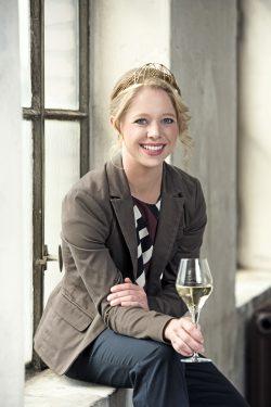 Deutsche Weinprinzessin Charlotte Freiberger