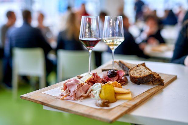Brotzeitbrett auf der WeinTour